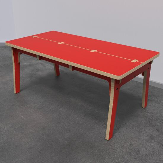 Op deze afbeelding ziet u kindermeubel buxus kindertafel rood