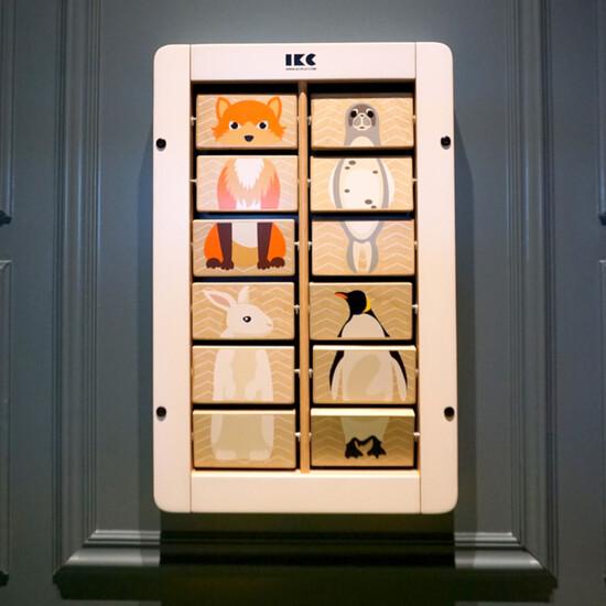 Maak verschillende dieren met dit wandspel met draaiende blokjes | IKC wandspellen