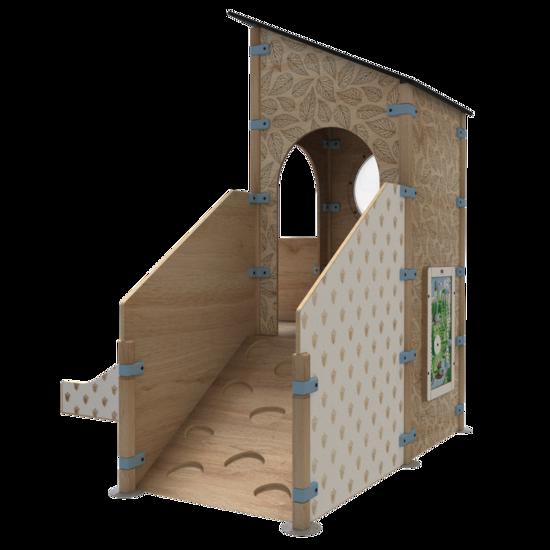 Speelhuis in de vorm van een uitkijktoren met een glijbaan en een klimwand | IKC speelhuizen