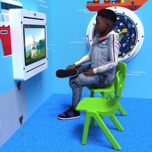 Op deze afbeelding staat een kindermeubel Fun chair Green